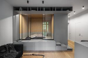 一个小公寓,在开放空间内建造了一个立方体